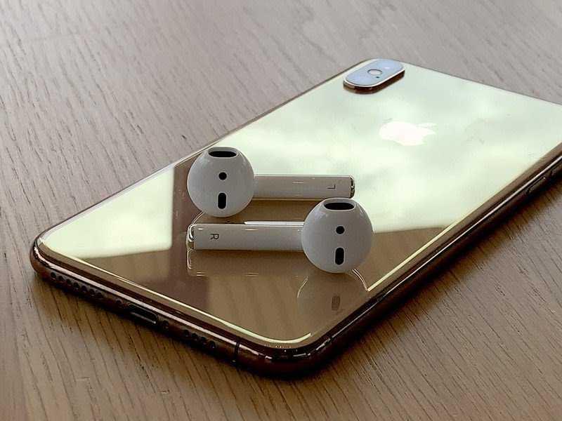 iphone-xs-max-airpods-2-hero.jpg