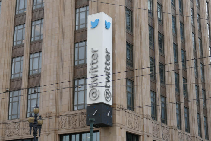 Twitter sues the us goverment for...