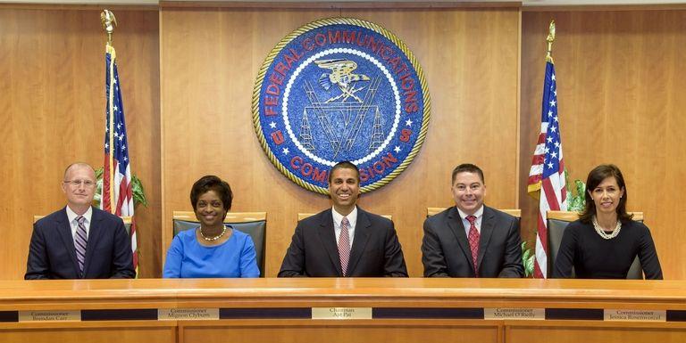 FCC neuters net neutrality, votes out...
